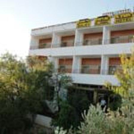 Qalet Al Jabal Hotel