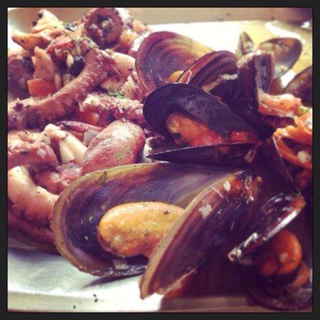 Hunters Tower: Mussels & Octopus