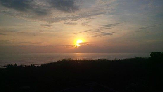 Brisas Del Mar : valentine's sunset