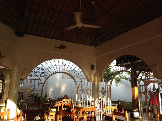 Restaurante Tierra Mar: High ceilings