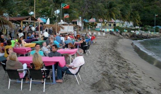 Mr. X's Shiggidy Shack Beach Bar : Beachfront at Shiggidy Shack