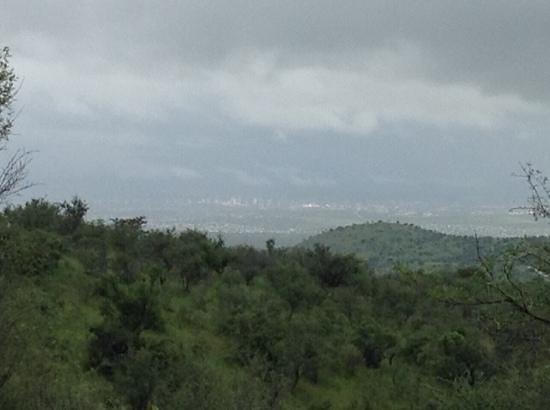 Daan Viljoen Nature Reserve : windhoek city from here !