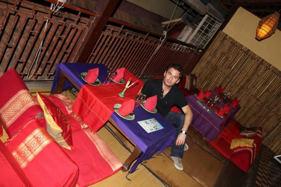 Khmer Surin Boutique Guesthouse: dinning room with outside view