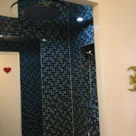 Al Viminale Hill Inn & Hotel : Badezimmer