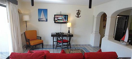 Marina Fiesta Resort & Spa: Spacious rooms.