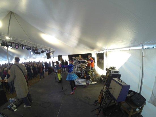 Smithfield Station : 80's cover band at BOB Fest
