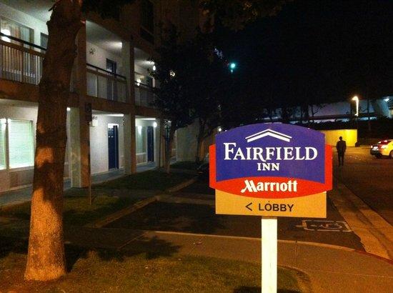 Fairfield Inn Ontario: Fachada