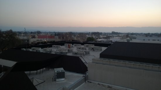 Visalia Marriott at the Convention Center: View from the convention center side