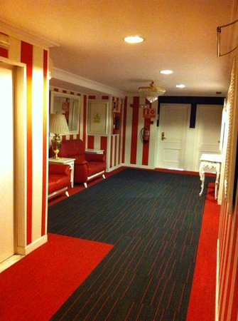 Salles Hotel Pere IV: 8 eme ėtage couloir