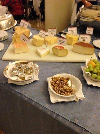 Abano Grand Hotel: selezione di formaggi