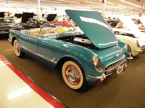 Muscle Car City Museum : 1954 Corvette