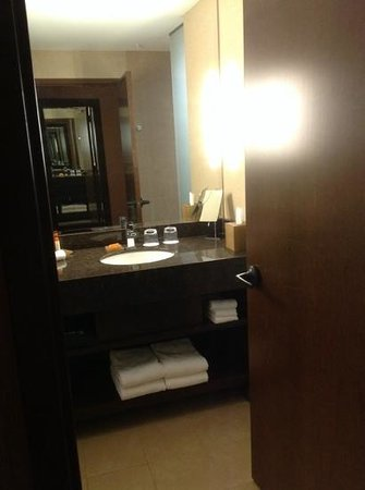 Shoshone Bannock Hotel & Event Center: clean bathrooms.