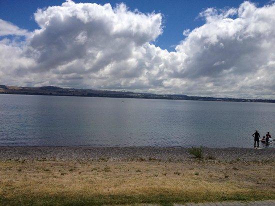 Hilton Lake Taupo: Lake