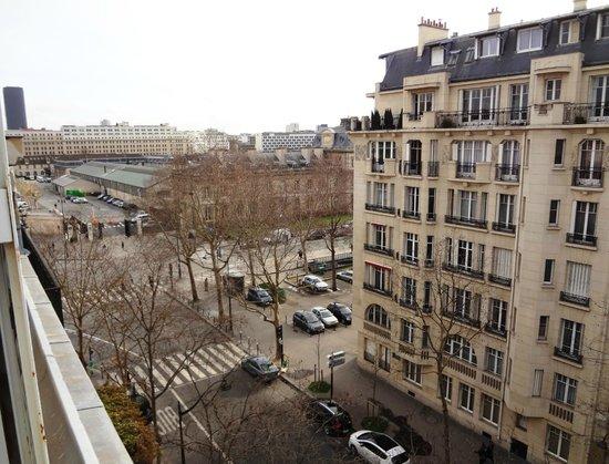 Hotel Eber: Vue de l'Hôtel - Côté Rue - Avenue de La Bourdonnais