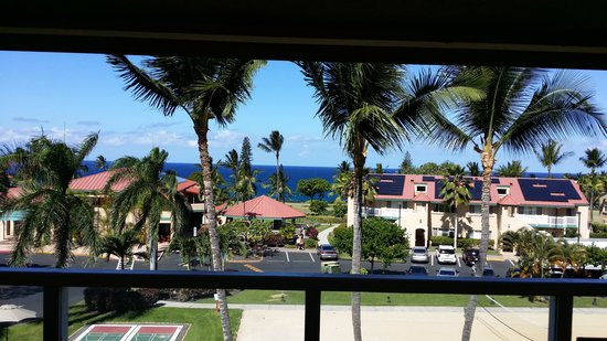 Kona Coast Resort: Another Day at the Office