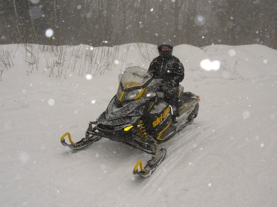 SledVentures Snowmobile Rentals and Tours: Snowing harder