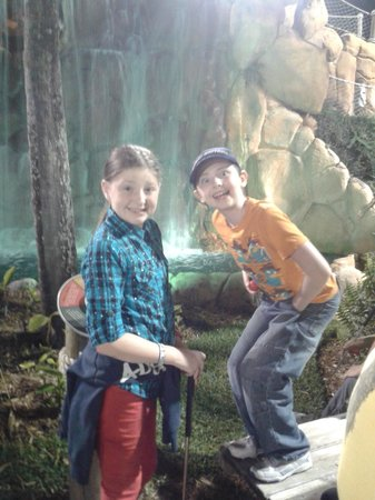 Congo River Golf: cute water falls on the course