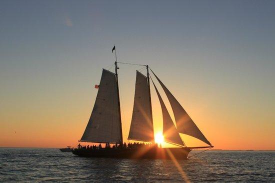 Catamaran Echo: Sunset!
