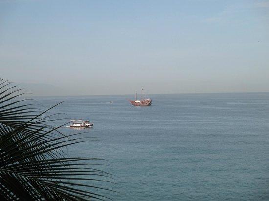Crown Paradise Golden Resort Puerto Vallarta: View from the room