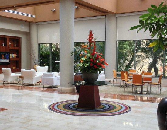 Doubletree by Hilton San Juan : Lobby Area