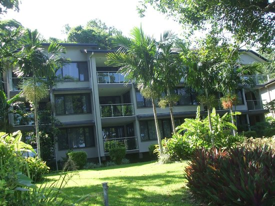Fitzroy Island Resort: outside view