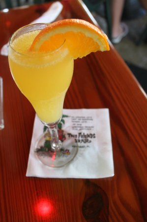 Two Friends Patio Restaurant : Mimosa Time!