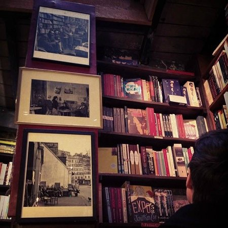 Librairie Shakespeare and Company : Inside