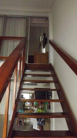 Hotel Barlovento: Escalera hacia la habitación