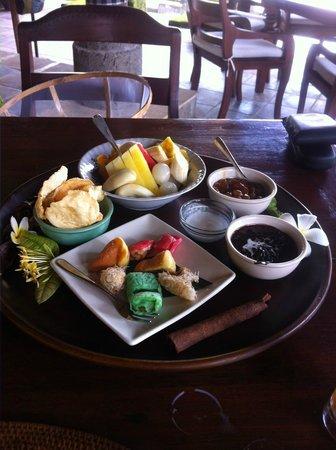 Rumah Bali : Traditional Breakfast