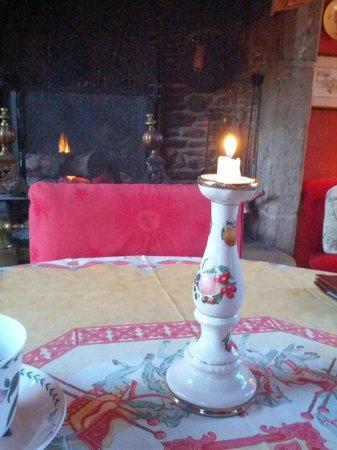 Chateau de la Roque : breakfast room