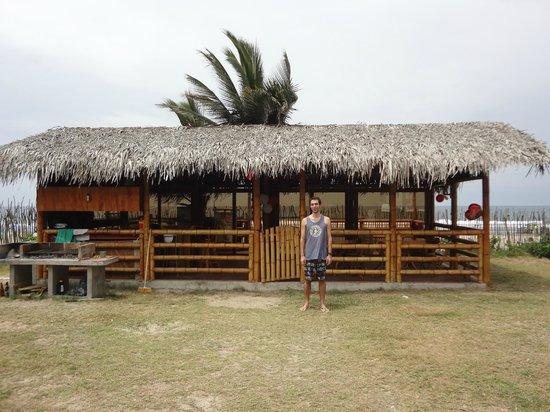 Hosteria La Gondola: The beachfront bar