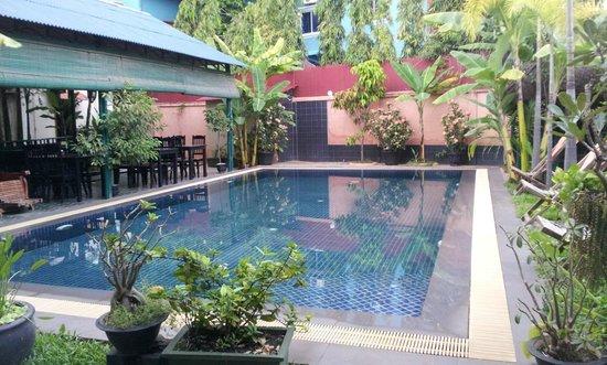 Siem Reap Garden Inn: la piscina