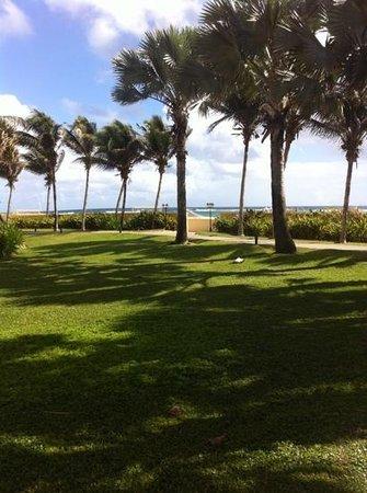 St. Kitts Marriott Resort & The Royal Beach Casino : beach