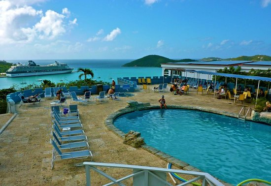 Bluebeard's Castle Resort: Pool area with Caribbean beyond.
