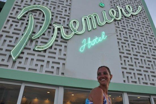 Premiere Hotel: .