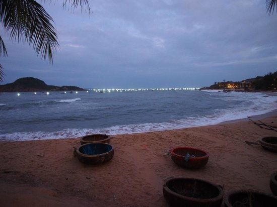 Haven Vietnam: Lights for Attracting Seafood to Traps