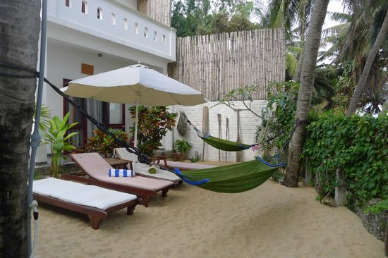 Haven Vietnam: Courtyard Relaxation