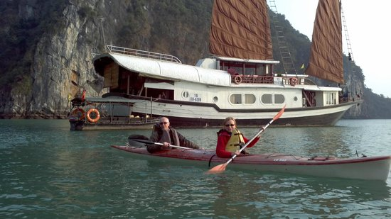 Footprint Vietnam Travel Day Tours : We went Kayaking while on a cruise on Ha Long Bay