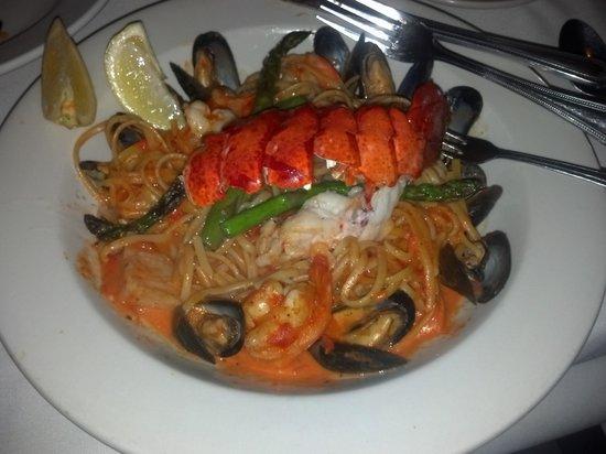 Bridge Street Bistro : Seafood Aurora, Bridge St Bistro