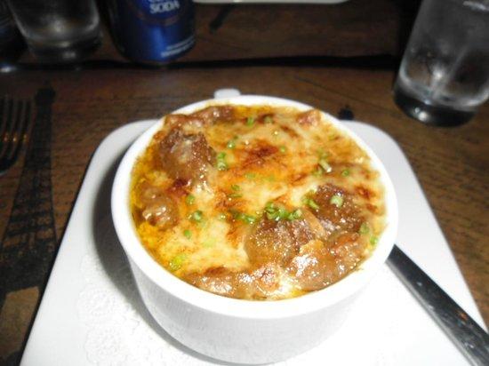 La Tour Bistro: Delicious French Soup