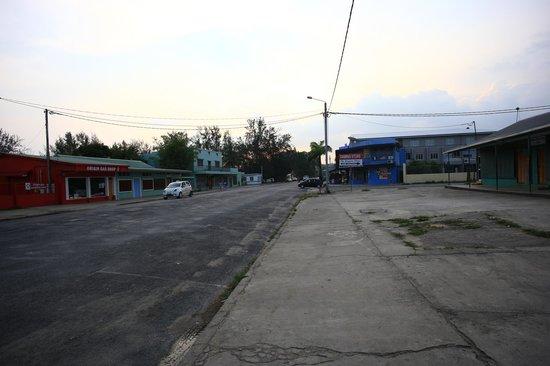 Unity Park Motel: Street view