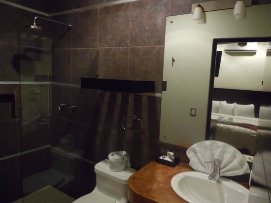 Hotel H177 : salle de bain
