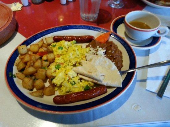 Mi Tierra Cafe & Bakery : Huevos Mexicana
