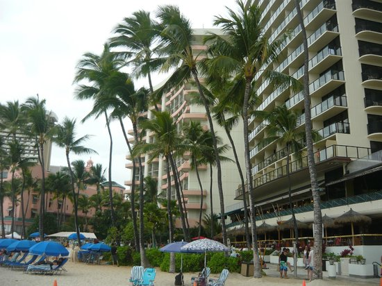 Outrigger Waikiki Beach Resort : The hotel