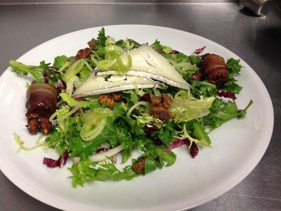 1226 Washington: Arugula and Chicory Salad and Orange Dressing