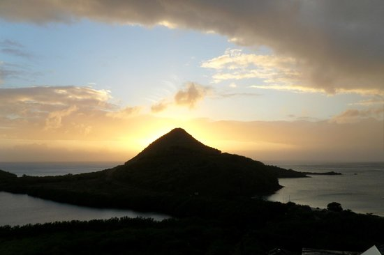 Hermitage Bay : Sunset from room 37.