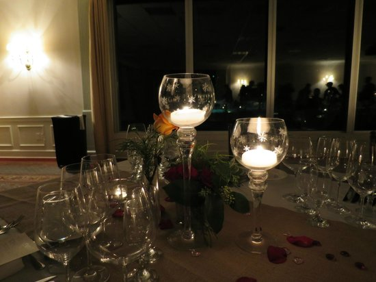 Airlie : Romantic Valetine's Dinner and overnight - Dinner