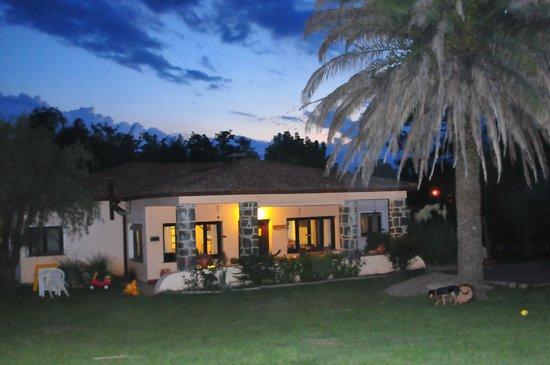 Las Acacias - Posada de Campo: Central