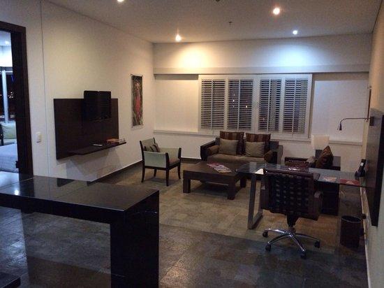 Hotel Spiwak Chipichape Cali : Hab. 501 Sala.