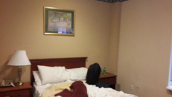 Hotel St. James: Room 808